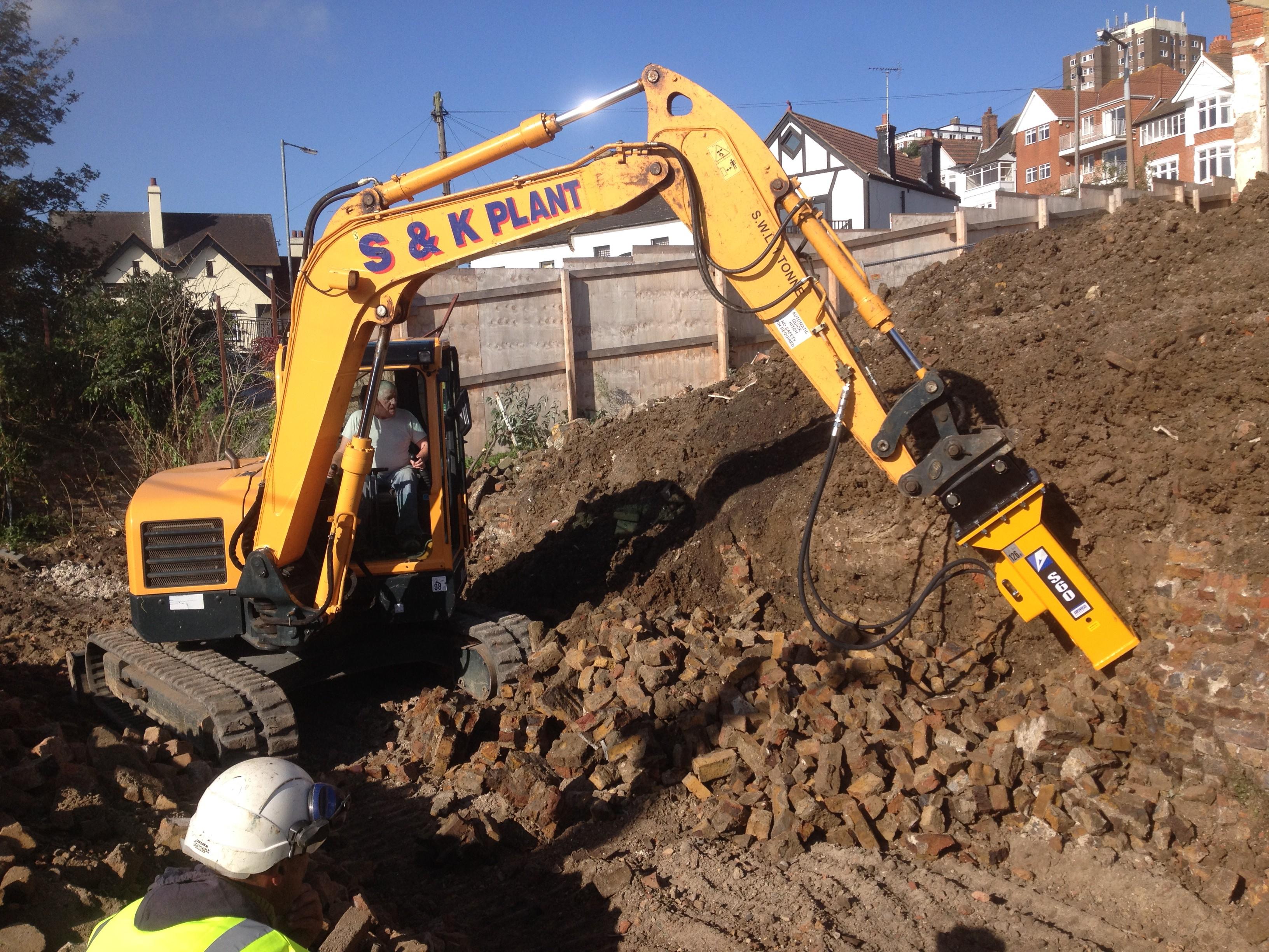 Leigh-On-Sea (Huttons Construction) 2014/2015